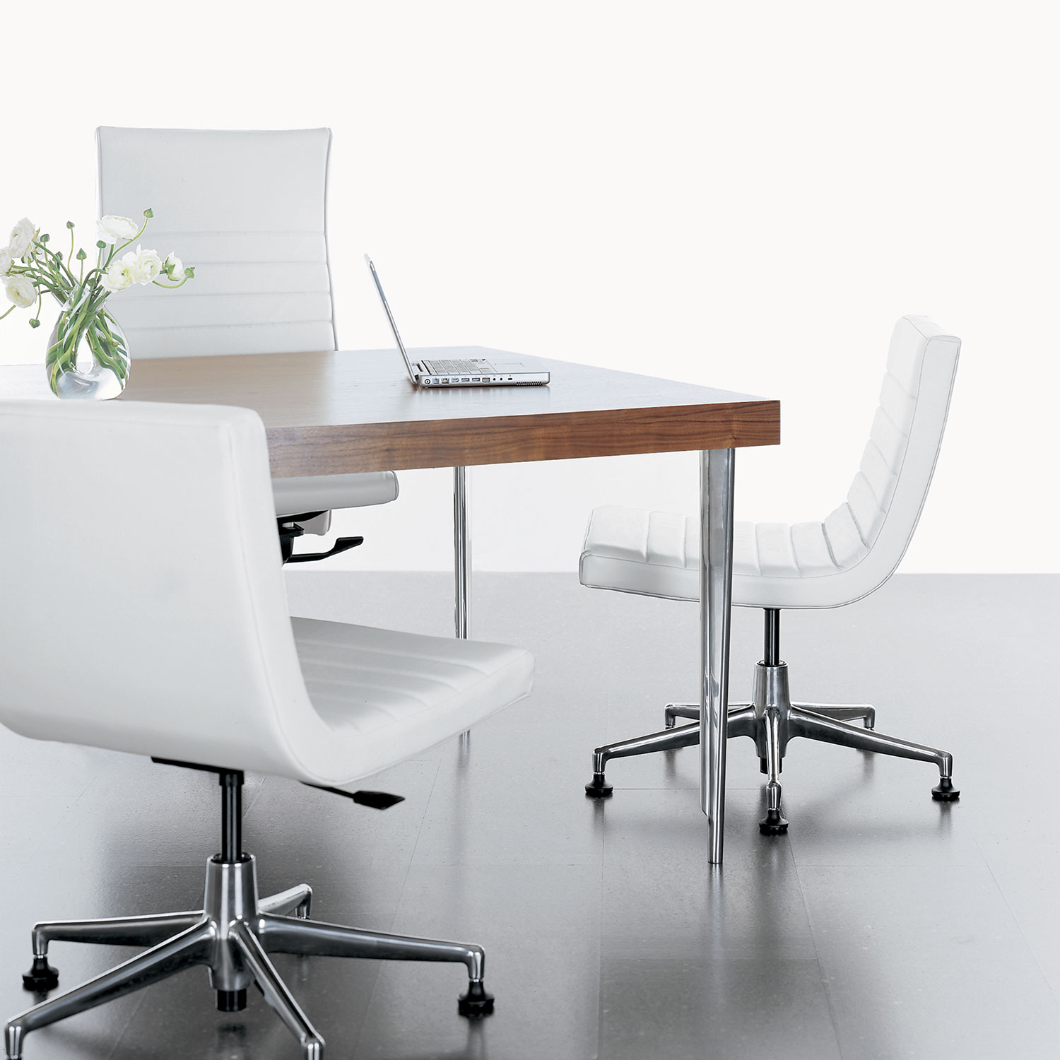 aim – office furniture group